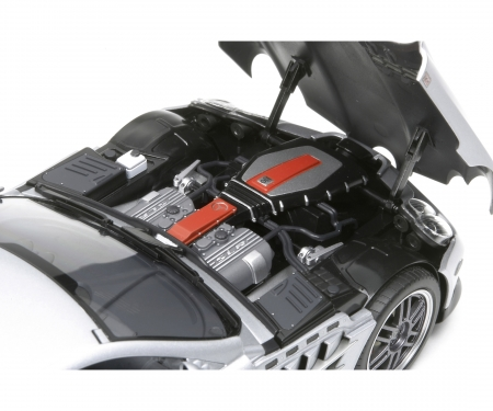 tamiya 1:24 Mercedes Benz SLR722 McLaren 2006