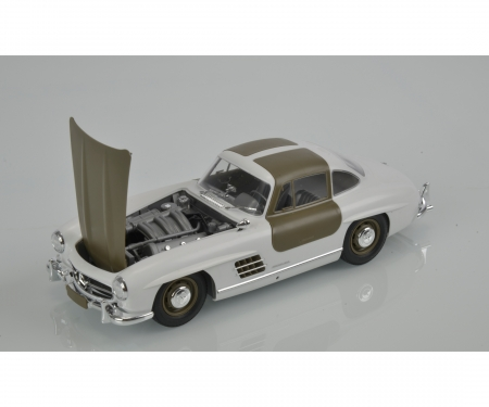 tamiya 1:24 Mercedes Benz SL300 Gullwing