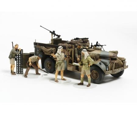 tamiya 1:35 Brit. LRDG Command Car w/ 7 Figures