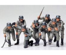 tamiya 1:35 WWII Fig.-Set Ger. Assault Tro. (8)