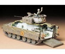 tamiya 1:35 US Pz M2 Bradley I.F.V (1)