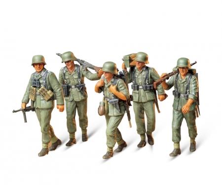 tamiya 1:35 WWII Fig.-Set MG-Crew Maneuver (5)