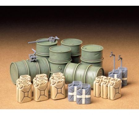 tamiya 1:35 Diorama-Set Ger.Barrel & Jerry Can