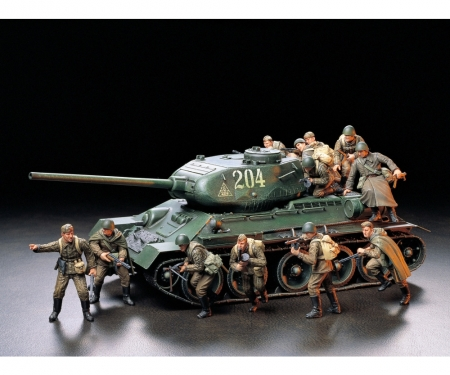 tamiya 1:35 Fig-Set Sov. Infantry Assault (12)