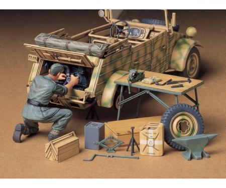 tamiya 1:35 Diorama-Set Engine Maint.Kübelw.(1)