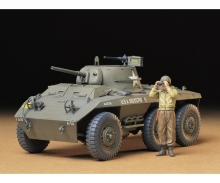 tamiya 1:35 US Light Arm. Tank Greyhound (1)