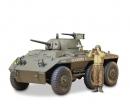 tamiya 1:35 US Light Arm. Tank Greyhound (1)