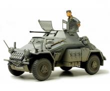 1:35 WWII SdKfz.222 Light Arm. Vehic.(1)