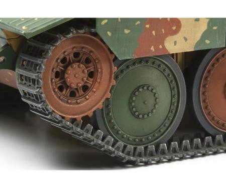 1:35 WWII Dt. 38t Jagdpanzer Hetzer(1)