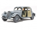 tamiya 1:35 Fr. Citroen Traction Staff Car (1)