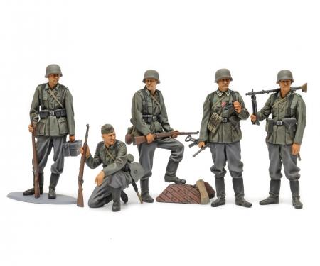 tamiya 1:35 German Infantry Mid-WWII (5)