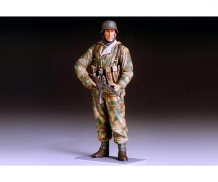 tamiya 1:16 WWII Figur Dt. Infant.Soldat Winter