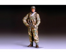 1:16 WWII Figure Ger.Infantry Man Winter