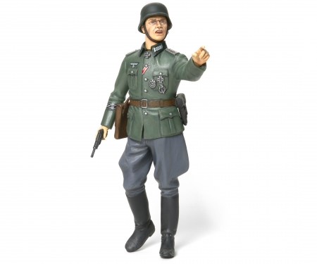 tamiya 1:16 German Field Commander