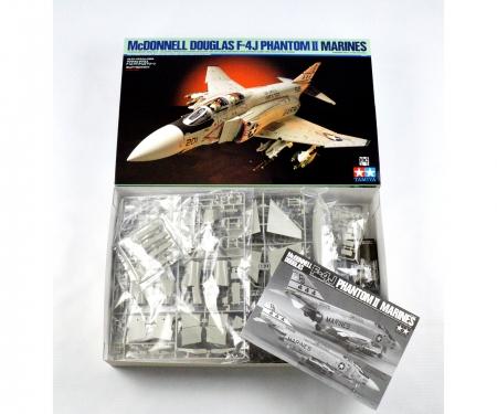tamiya 1:32 Mc Donnell Douglas F-4J Phantom II