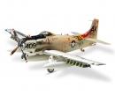 1:48 WWII USN Douglas A1-H Skyraider