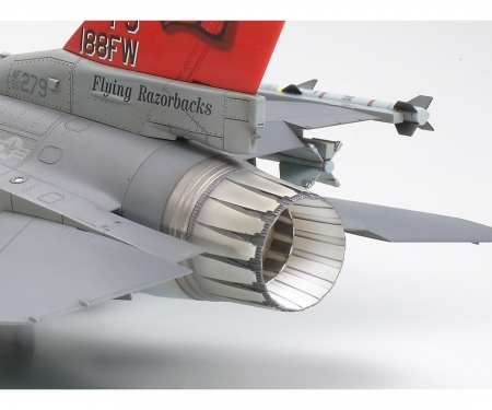 tamiya 1:48 Lockheed Martin F-16C Block 25/32